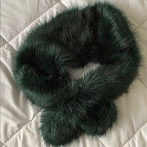 Accessories - Faux Fur Green Scarf